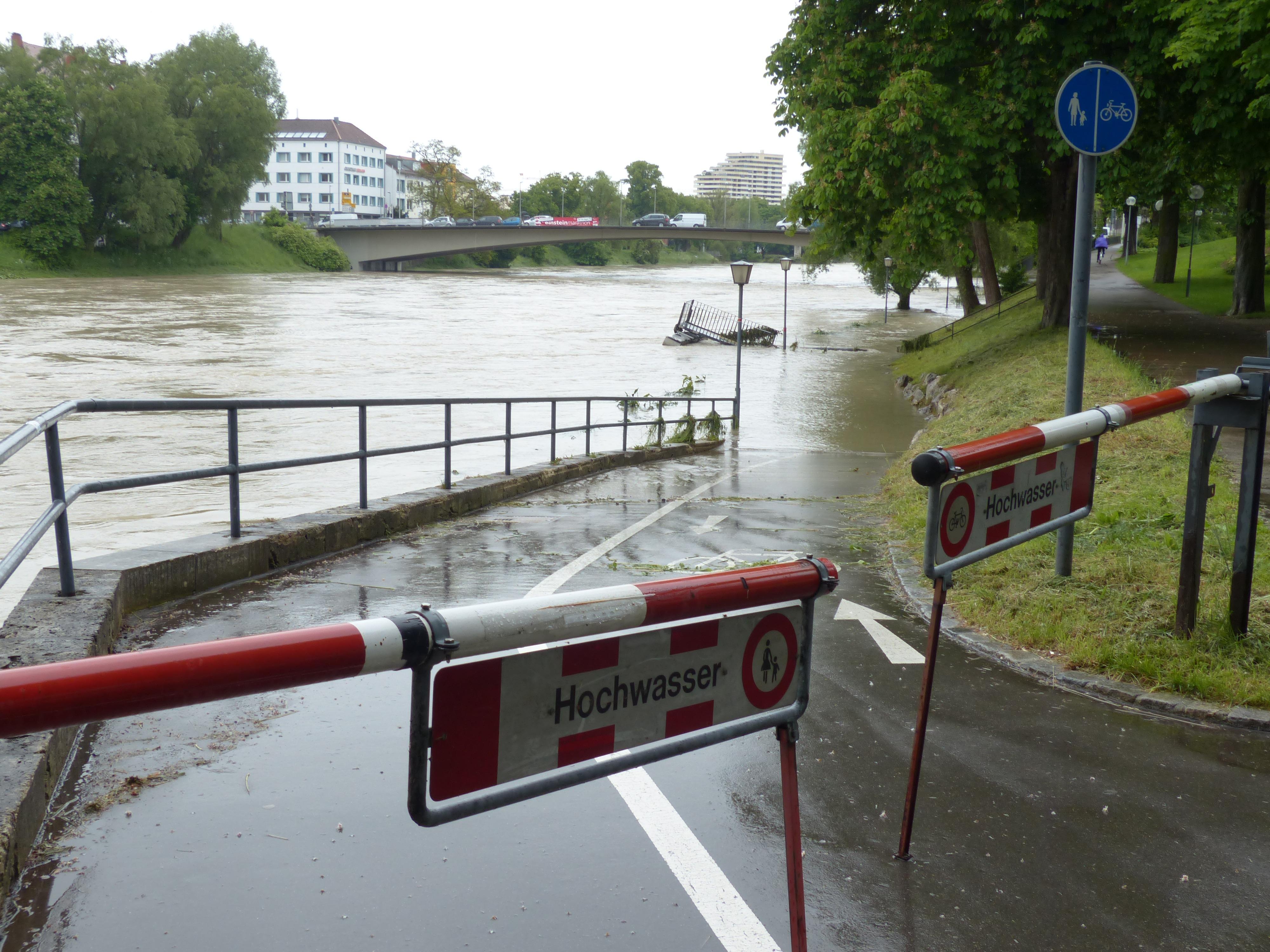 Elementarschäden, Hochwasser, Hagel, Sturm, Blitz